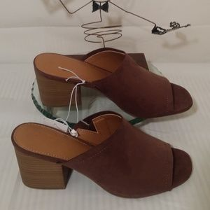 Universal Thread Suede Open Toe slip-on Mules.